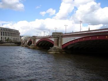042408_blackfriars_bridge01