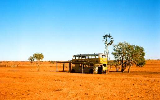 australian-outback-landscape-no-water